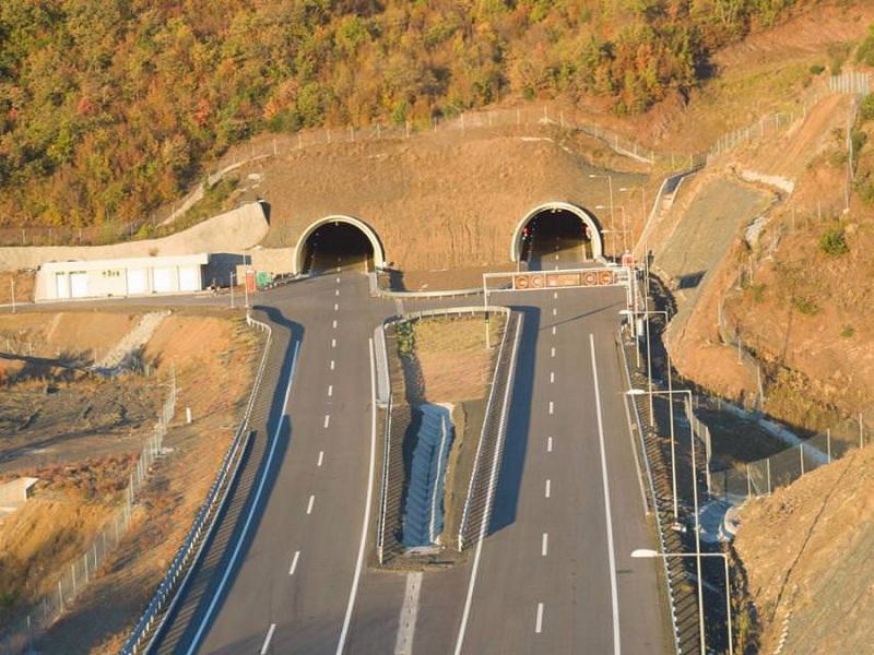 До крајот на април ќе биде пуштена во употреба автопатската делница Демир Капија-Смоквица