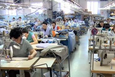 5.000 ОТПУШТАЊА НА ПОВИДОК: Газдите во текстилната индустрија не можат да издржат, најавија масовни отпуштања!
