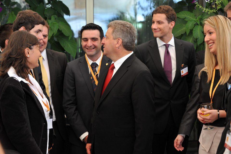 Објавен конкурс за Школата за млади лидери на претседателот Иванов за 2018 година