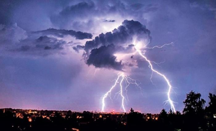 Облачно и нестабилно со врнежи од дожд и грмежи