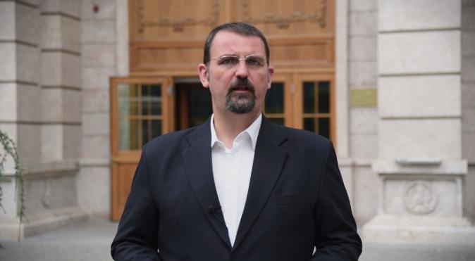 Стоилковски: Заев и криминалниот картел на власт ја туркаат државата во банкрот, граѓаните прашуваат каде завршуваат нивните пари