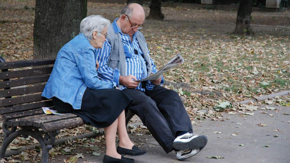 Пензионерите збунети и во паника: Ќе треба електронски да се регистрираат!