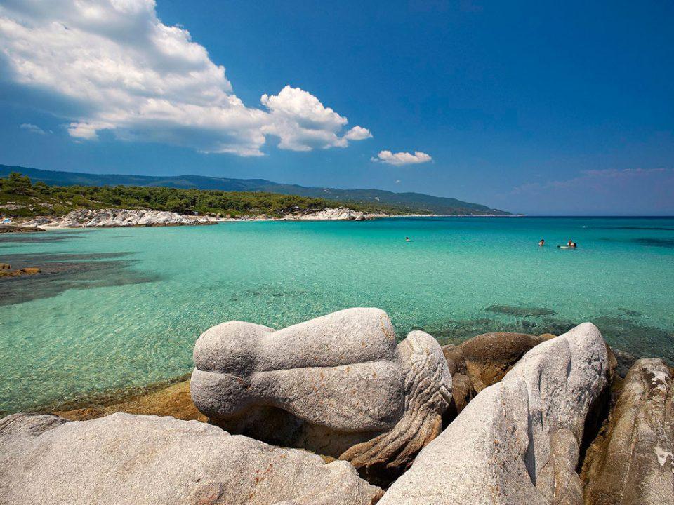 Ако патувате во Грција на море ова лето ќе платите повеќе отколку минатата година