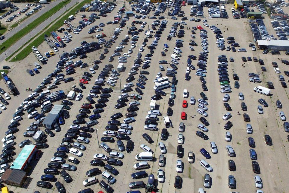 Новото решение за еконорми предизвика негативна реакција меѓу производителите на автомобили во Европа