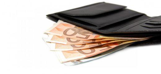 Која боја треба да биде вашиот паричник за да привлекувате повеќе пари