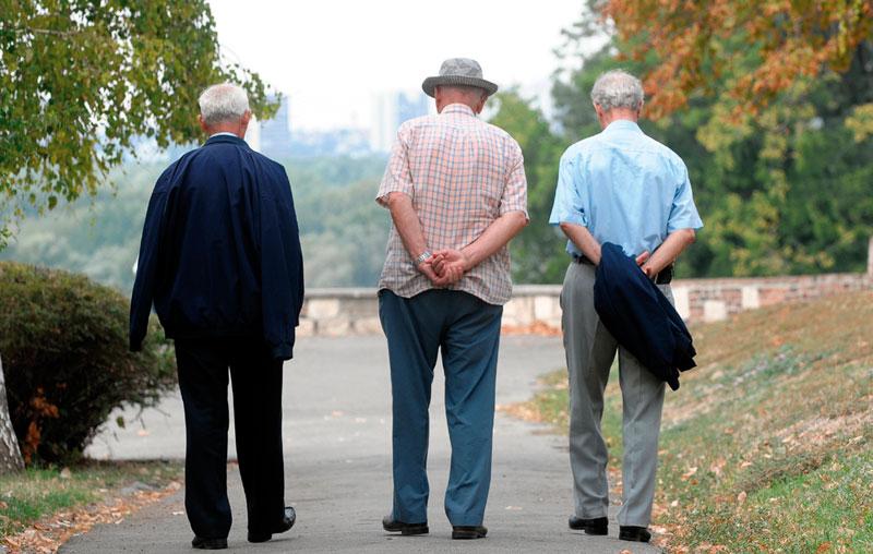 Словенија размислува да ги вработува пензионерите