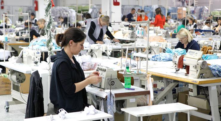 Економскиот раст на приватниот сектор во Германија се зголеми овој месец