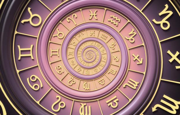Како хороскопските знаци ви покажуваат дека им се допаѓате?