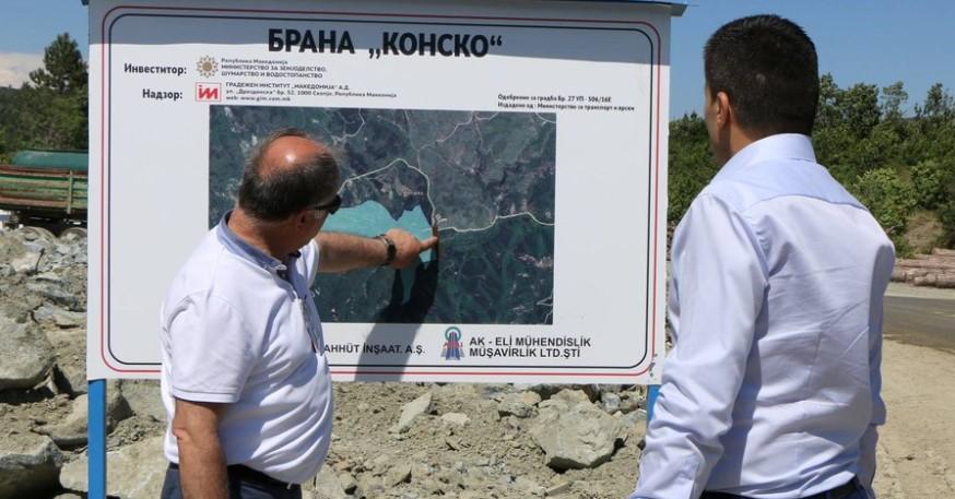 Стана ли министерот Николовски соучесник во наводен криминал за кој самиот тврдеше