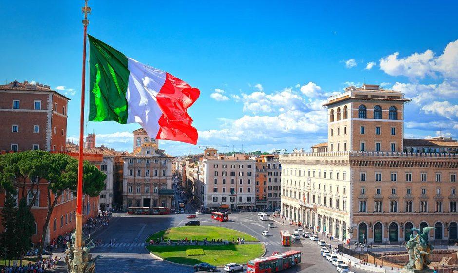 Италија теба да поднесе нов вискален план за да постигне договор со Европската комисија за фискалната политика