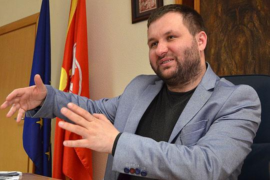 Дали соработниците на Богдановиќ ги користат службените возила за приватни потреби?