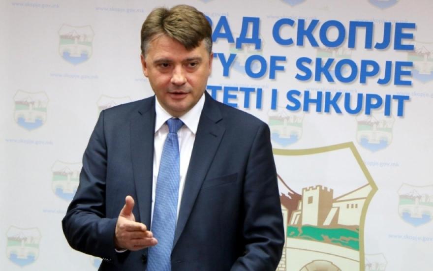 Советничка група на ВМРО- ДПМНЕ: И профитерството на Петре се претера, скопјани му даваат повеќе од 100 евра само Шилегов да засука ракави и почне да работи