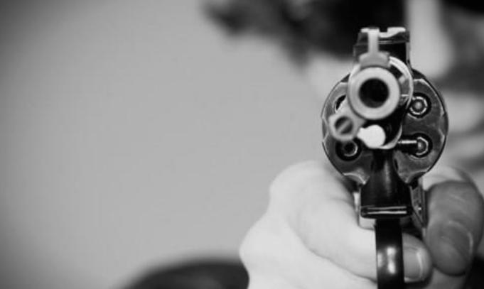 Полицаец пукал во полициската станица во Драчево