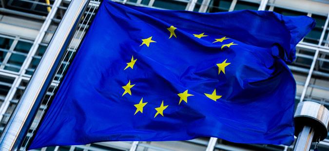 ЕУ сака да воведе нов данок за Фејсбук, Амазон и Гугл