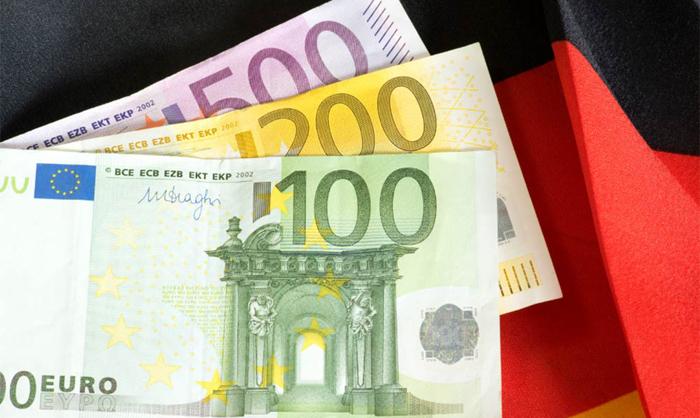 Во Германија голема акција против работењето на црно и исплатата под минималец
