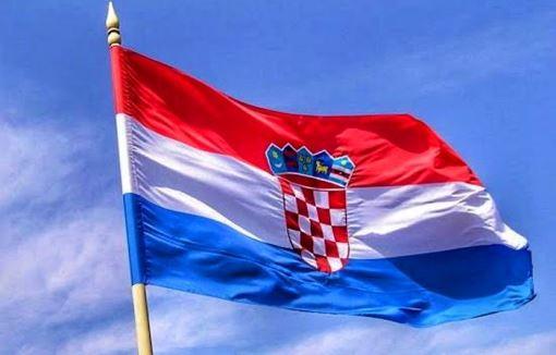 Хрватската просечна плата поголема од две македонски