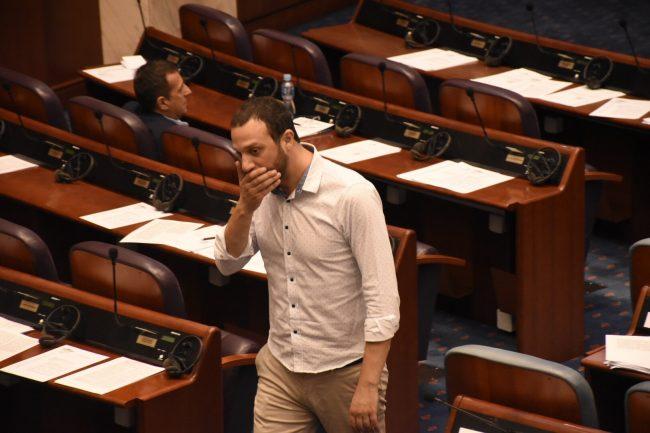 Павле Богоевски ќе си поднесе оставка од функцијата пратеник (ВИДЕО)