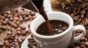 Кофеинот ја зголемува сексуалната желба – љубителите на кафе се подобри во кревет!