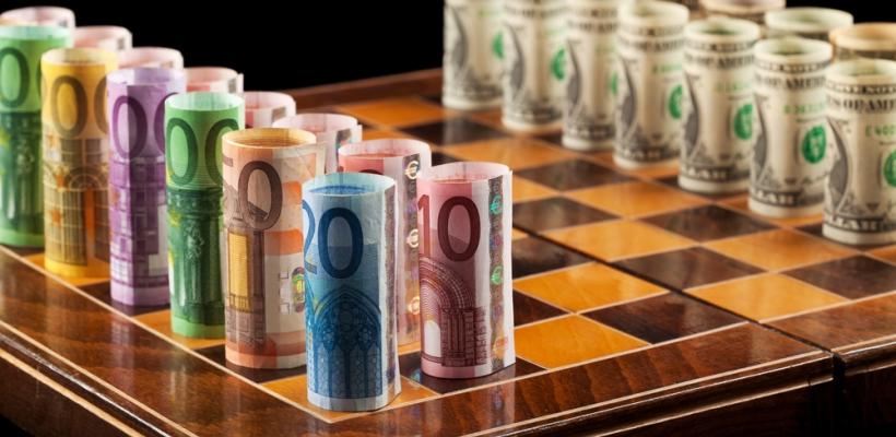 Пад на вредноста на еврото во однос на доларот