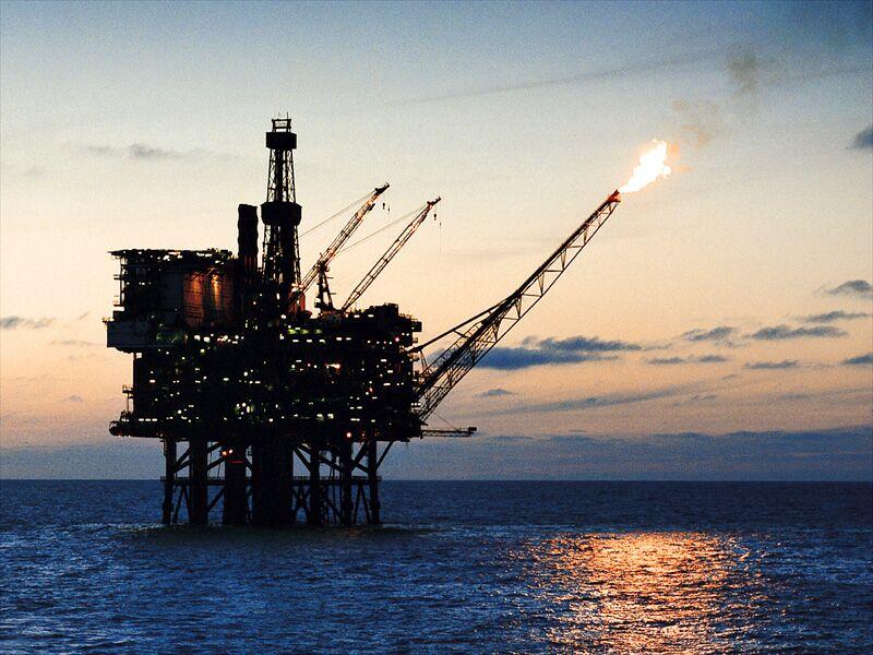 САД со санкции кон државната нафтена компанија на Венецуела