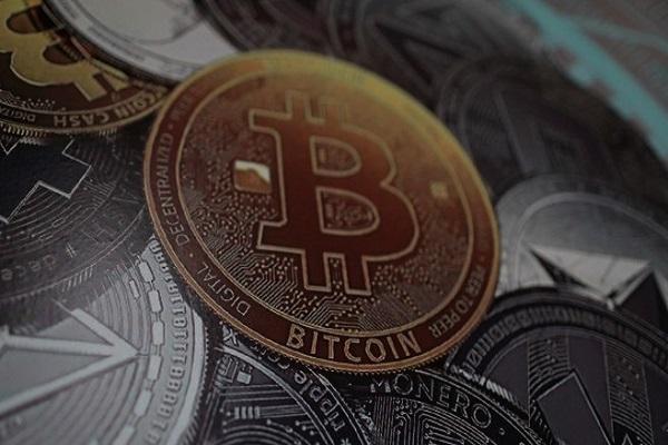 Пазарната капитализација на биткоинот падна под 100 милијарди долари