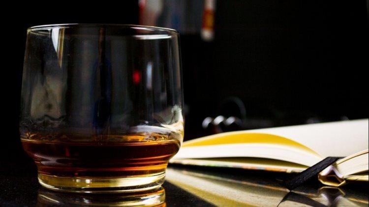 Зошто интелигентните и моќни мажи пијат виски?