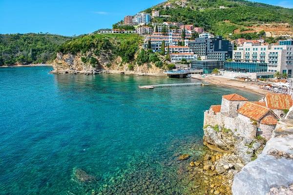 Црна Гора заработи рекордни милијарда евра од туризмот