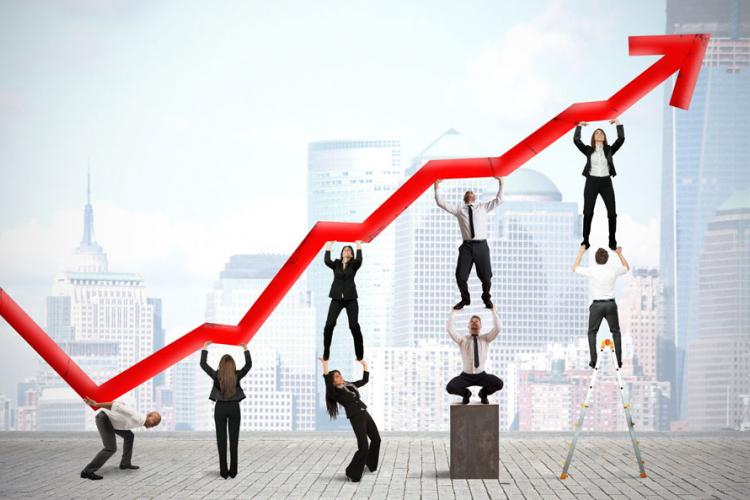 Кина забележа најнизок економски раст досега