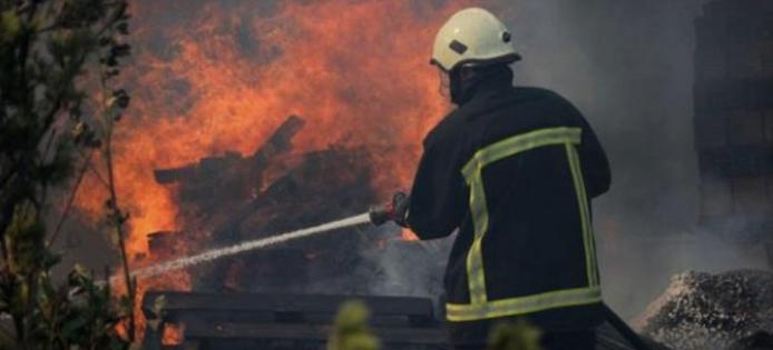 Пожар во Радишани- едно лице тешко повредено