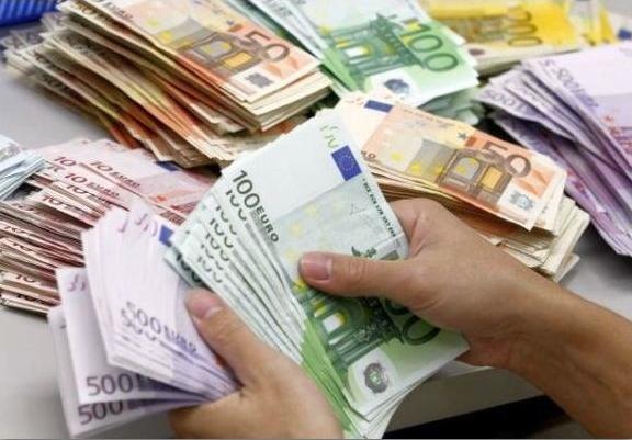 Еве како парите навистина влијаат на луѓето
