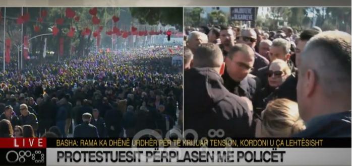 ВО ЖИВО: Масовни протести во Тирана – нападната владата, над зградата има снајперисти