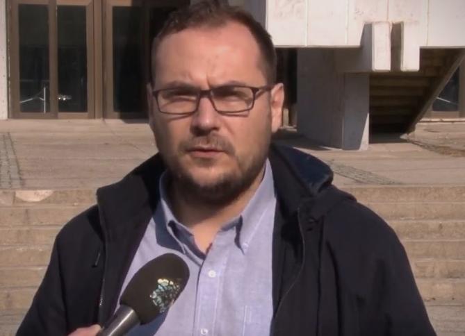 Здравковски: По две години градоначалникот Коцевски увиде дека се врши незаконско работење и криминал во јавните претпријатија во Велес