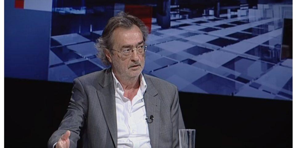 Донев: Денешното поставување на знамето на НАТО беше дефокусирање на јавноста