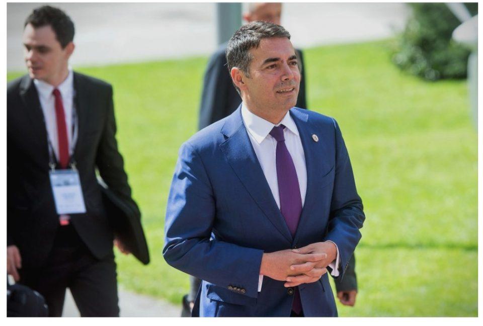 Димитров потпишува одлуки за испраќање дипломати во странство по распишување на изборите