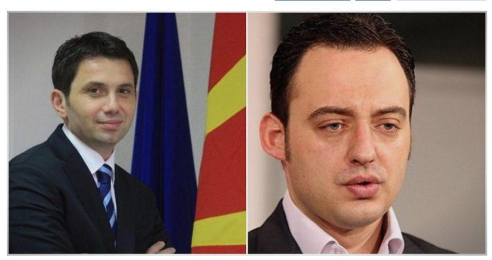 Лудилото на Заев продолжува: Во затвор нападнати Јанакиески и Ристовски