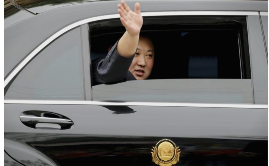 Ким Џонг Ун пристигна во Ханој, светот ја чека неговата средба со Трамп