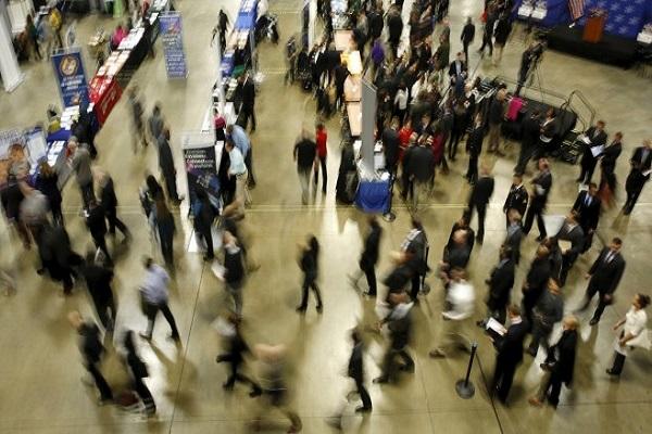 Вo САД отворени над 300.000 илјади работни места