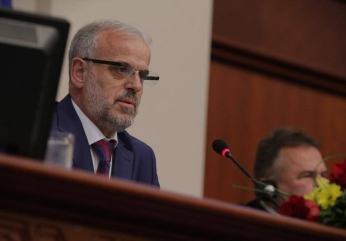 Џафери за објавување на законите во Службен весник: Ќе почекаме Иванов да си замине