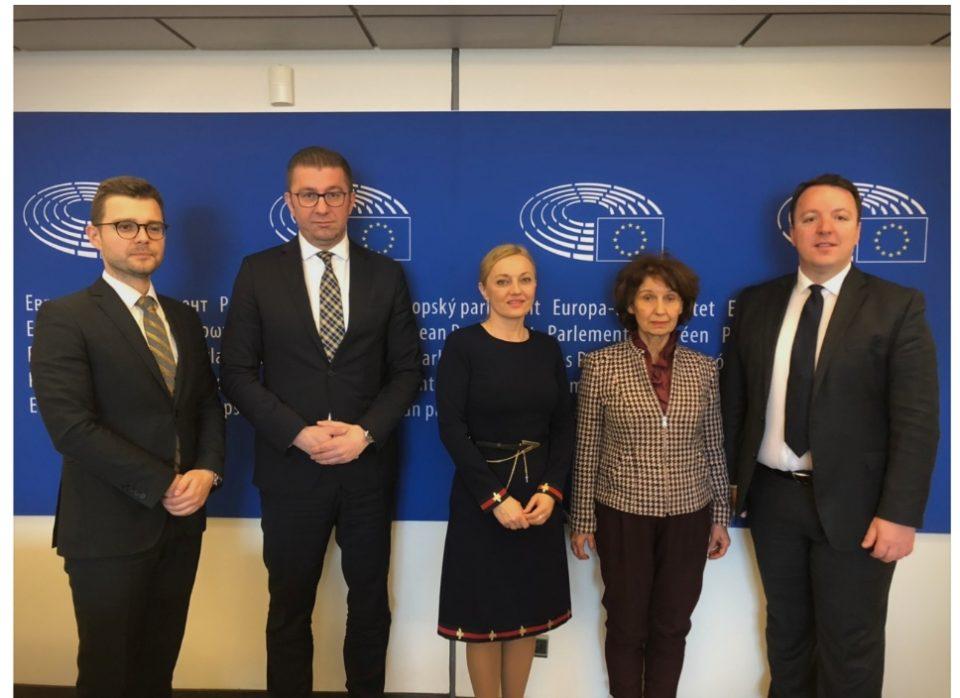 Мицкоски од Брисел: Заев и СДСМ се светат на секој кој мисли различно од нив, Македонија нема иднина со вакви политичари