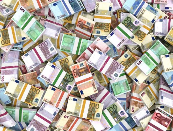 Владата денеска ги задолжи граѓаните за нови 16, 2 милиони евра, економијата тоне
