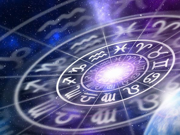 Месец на бурна љубов и страст: Што предвидуваат ѕвездите за март?
