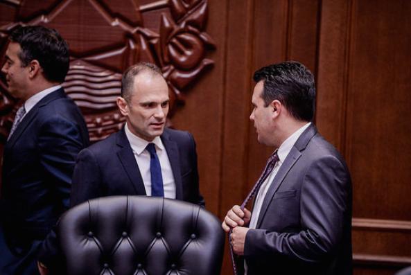 """""""Магазин"""": Филипче му понудил оставка на Заев заради големиот број на жртви"""
