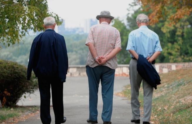 ВМРО-ДПМНЕ: Власта со својата лицемерна политика гази врз над 310.000 пензионери и им го крати правото на повисоки пензии