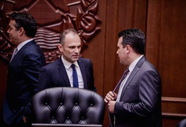 Караџовска со апел до Заев и Филипче: Да се заземат за мојот случај, да бев нечија роднина ќе беше веќе ова одамна завршено
