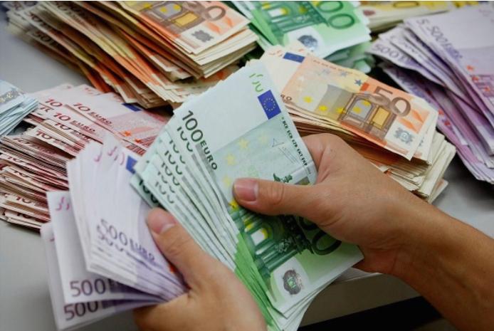 Нема повеќе плаќање високи суми во кеш- од 1 јуни ќе се плаќа во готово само до 500 евра
