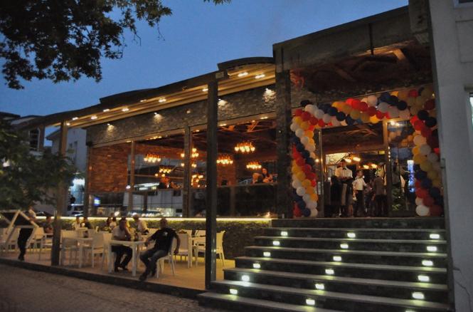 Струшкиот градоначалник му ја отвори дивоградбата на охридскиот советник (ФОТО)