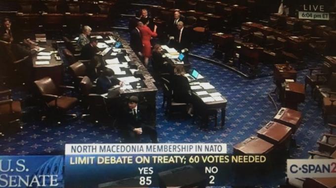 САД го ратификуваа протоколот за членство на Македонија во НАТО