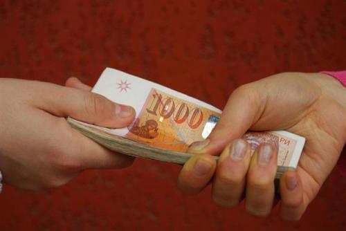 Каде на друго место, ако не во Македонија- Македонците имаат најниски плати од сите во регионот