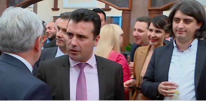 """""""Завидлизмот"""" на Заев во полн израз, кавгата со ДУИ и ослободувањето на Катица го покрива со ширењето лажни вести, но ги чека пораз"""