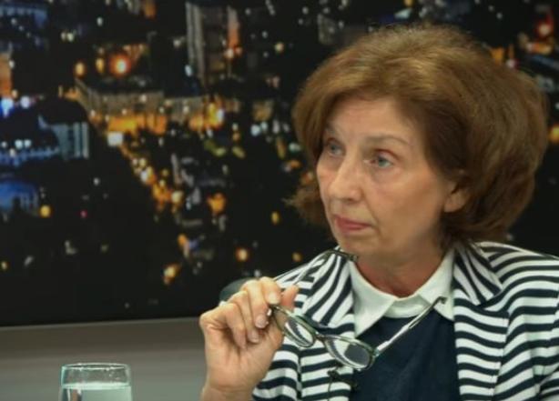 Силјановска Давкова за Уставен суд: Во многу моменти кога требаше да пресуди во името на правото, наликуваше на продолжена рака на власта